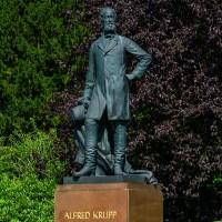Alfred Krupp Statue im Park der Villa Hügel