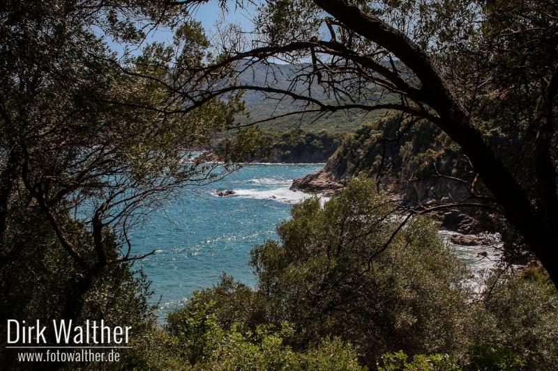 Inland von Chalkidiki - Blick auf eine kleine Bucht bei Olimbiada