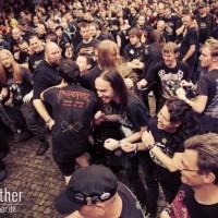 Wall Of Death bei Ensiferum