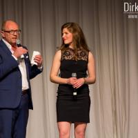Lieb Ju Catwalk - Moderator Stefan Schulze-Hausmann interviewt Michèle Fichtner