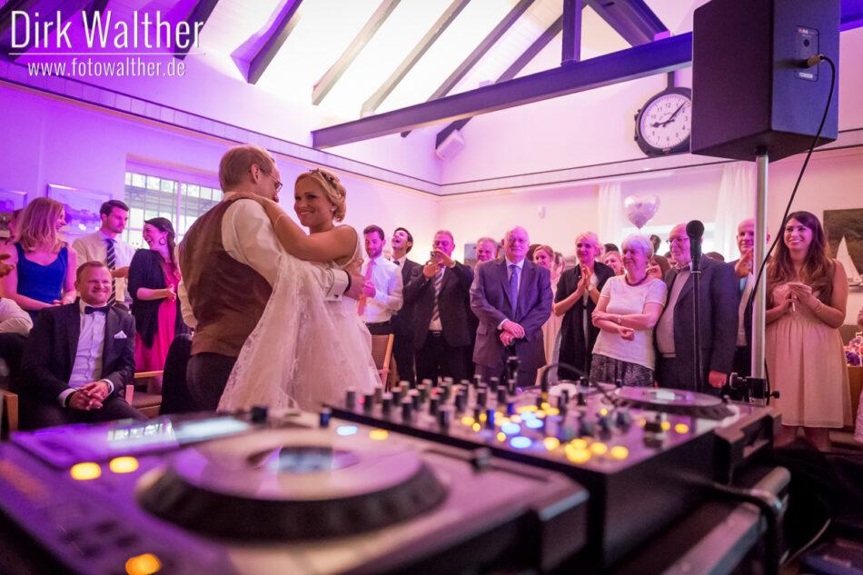 Hochzeit Pia & Alex - Brautpaar und Trauzeugen